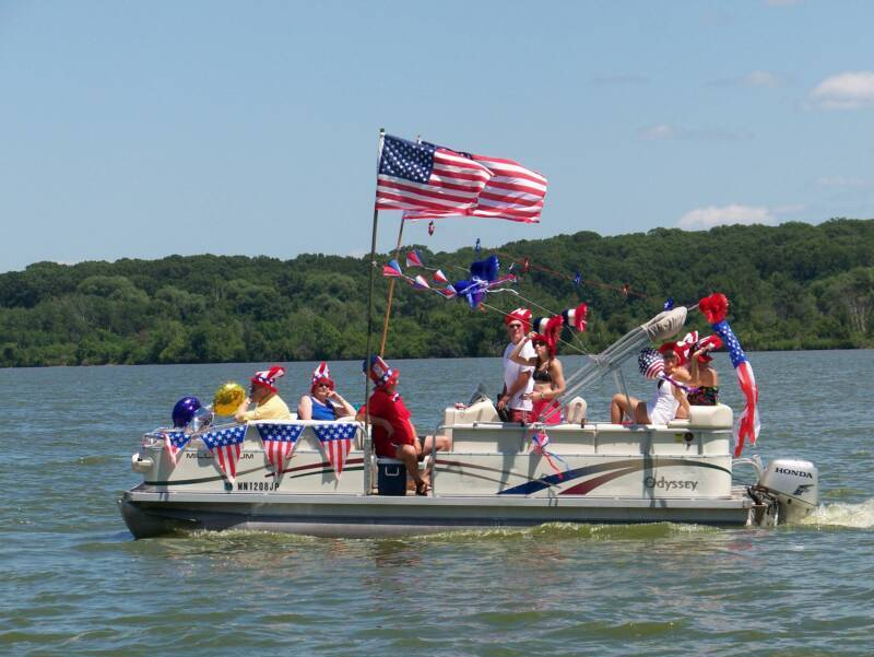 <p>2017 Fourth of July Boat Parade</p>