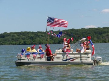 <p>Annual Fourth of July Boat Parade</p>